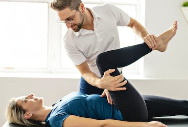 Examination and Rehabilitation of the Shoulder and Knee